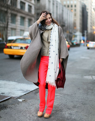 bright-coloured-pants_harpers-bazaar-street-style